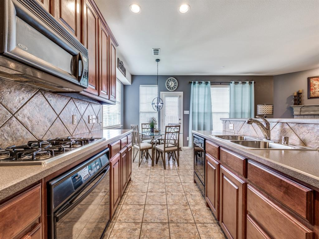 11314 Mansfield  Drive, Frisco, Texas 75035 - acquisto real estate best new home sales realtor linda miller executor real estate