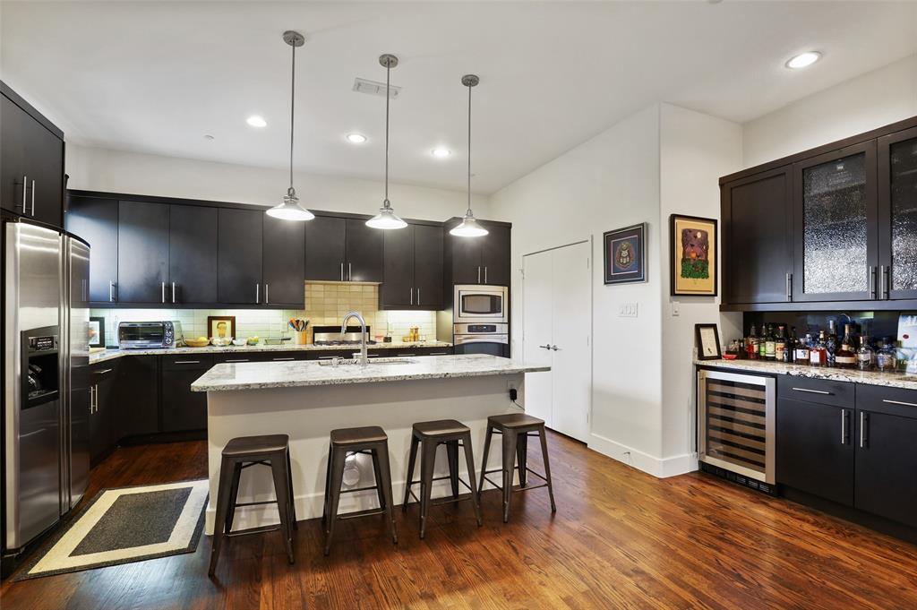 2411 Hall  Street, Dallas, Texas 75204 - acquisto real estate best luxury buyers agent in texas shana acquisto inheritance realtor