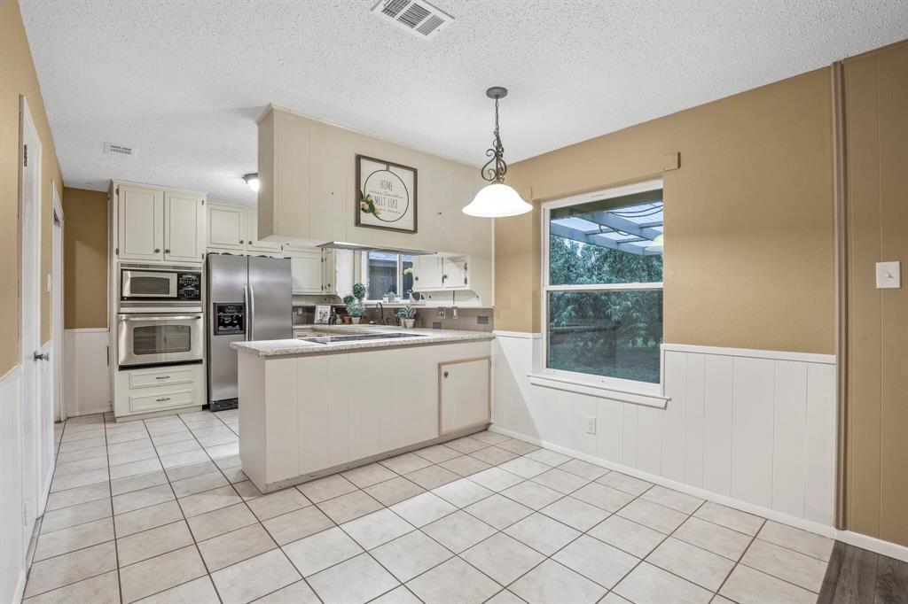 800 Prestwick  Street, Bedford, Texas 76022 - acquisto real estate best allen realtor kim miller hunters creek expert
