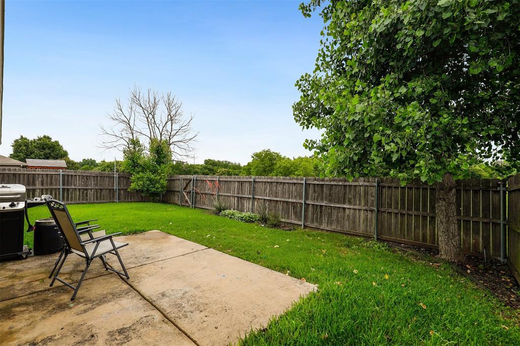 1012 Aviary  Drive, Aubrey, Texas 76227 - acquisto real estate best realtor dfw jody daley liberty high school realtor