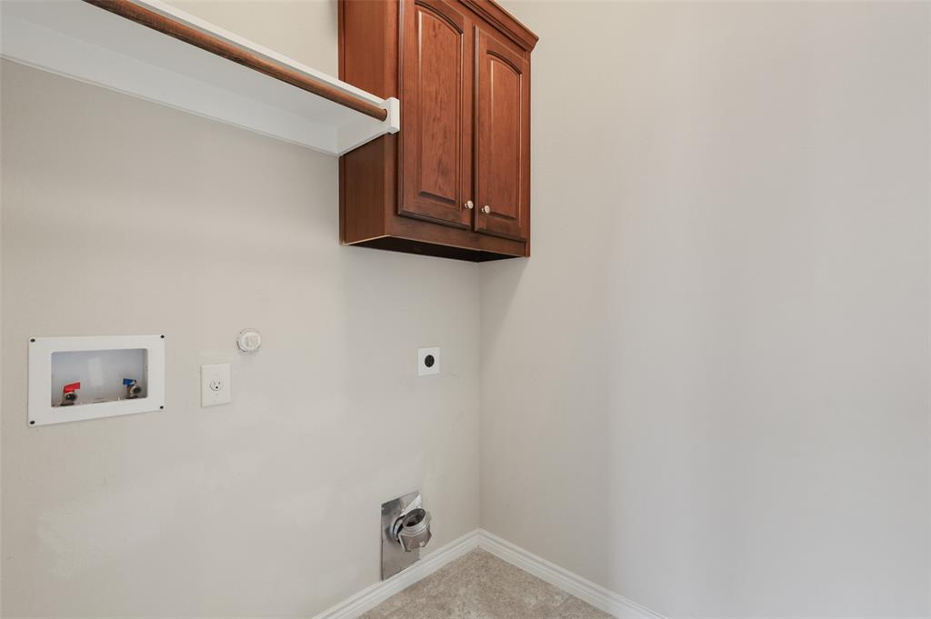 4293 Kiowa  Drive, Carrollton, Texas 75010 - acquisto real estate best designer and realtor hannah ewing kind realtor