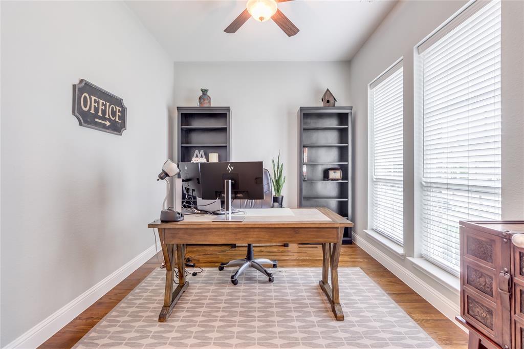 2425 Kingsgate  Drive, Little Elm, Texas 75068 - acquisto real estate best prosper realtor susan cancemi windfarms realtor