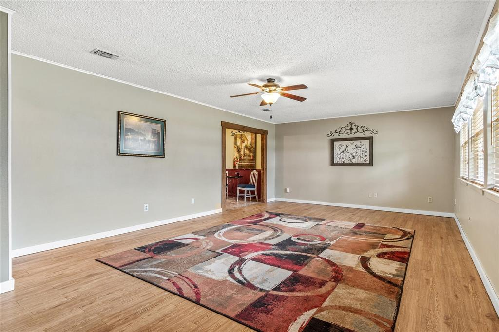 711 Water Crest  Circle, Canton, Texas 75103 - acquisto real estate best luxury buyers agent in texas shana acquisto inheritance realtor