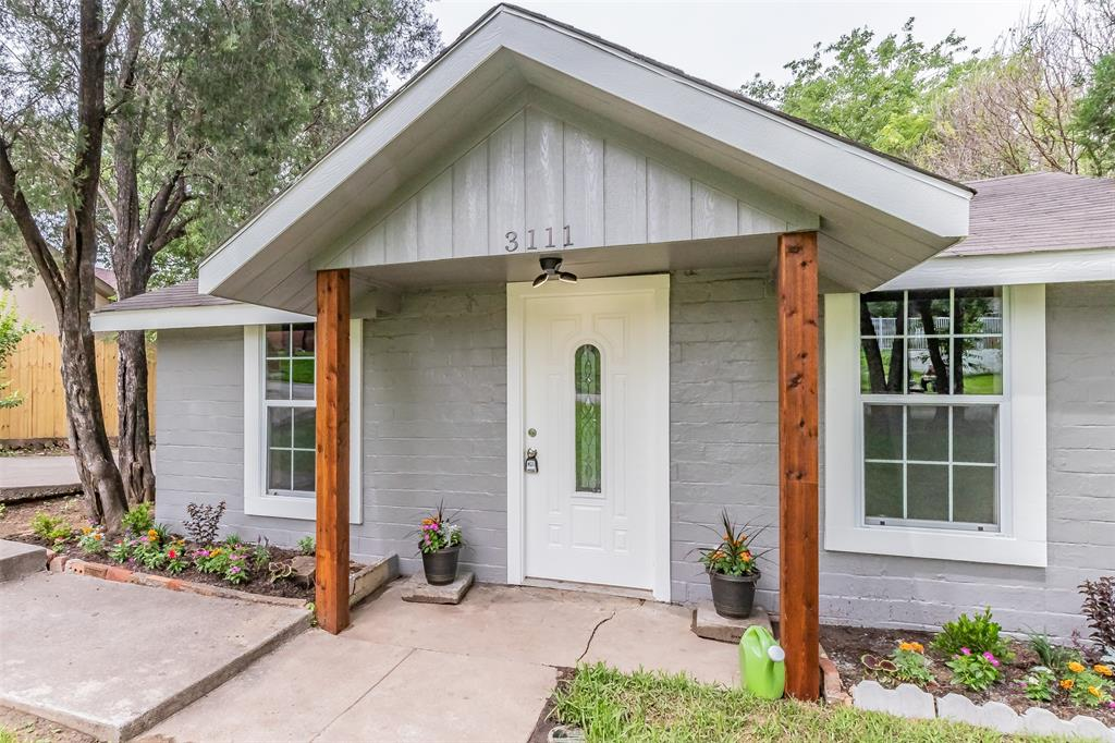 3111 Pecan  Street, Fort Worth, Texas 76106 - acquisto real estate best frisco real estate broker in texas for high net worth buyers