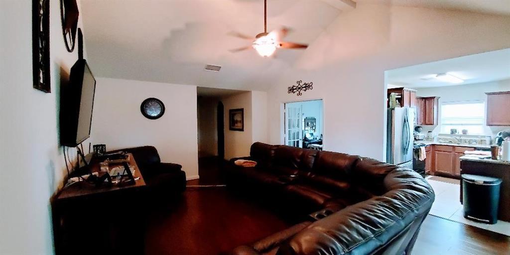 112 Liberty  Lane, Venus, Texas 76084 - acquisto real estate best prosper realtor susan cancemi windfarms realtor