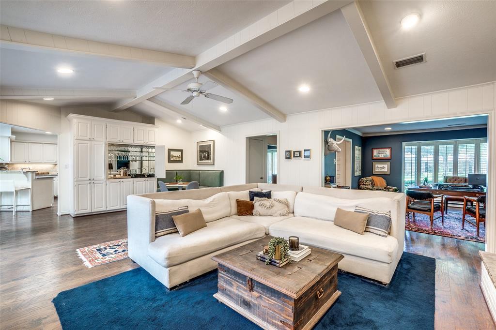 4240 Glenaire  Drive, Dallas, Texas 75229 - acquisto real estate best listing agent in the nation shana acquisto estate realtor