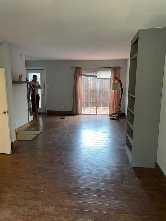 4039 Cole  Avenue, Dallas, Texas 75204 - acquisto real estate best the colony realtor linda miller the bridges real estate