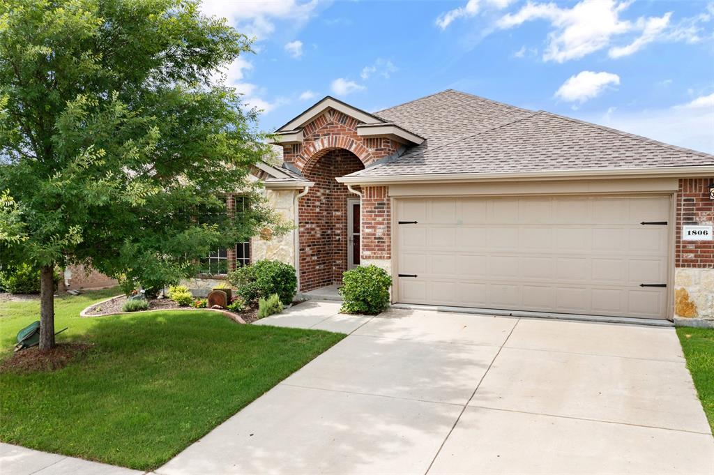 1806 Carol  Lane, Anna, Texas 75409 - acquisto real estate best frisco real estate agent amy gasperini panther creek realtor