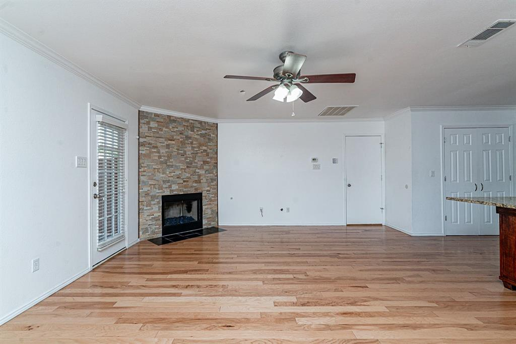 604 Meadowgate  Drive, Allen, Texas 75002 - acquisto real estate best celina realtor logan lawrence best dressed realtor