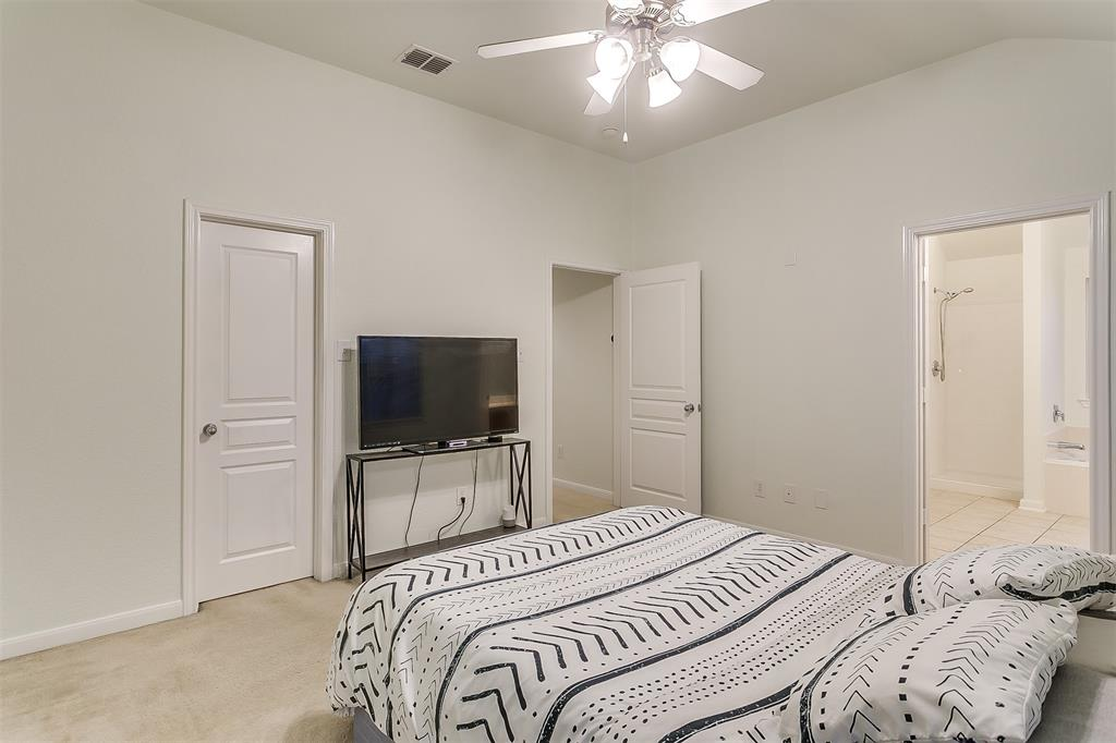 2661 Calmwater  Drive, Little Elm, Texas 75068 - acquisto real estate best park cities realtor kim miller best staging agent