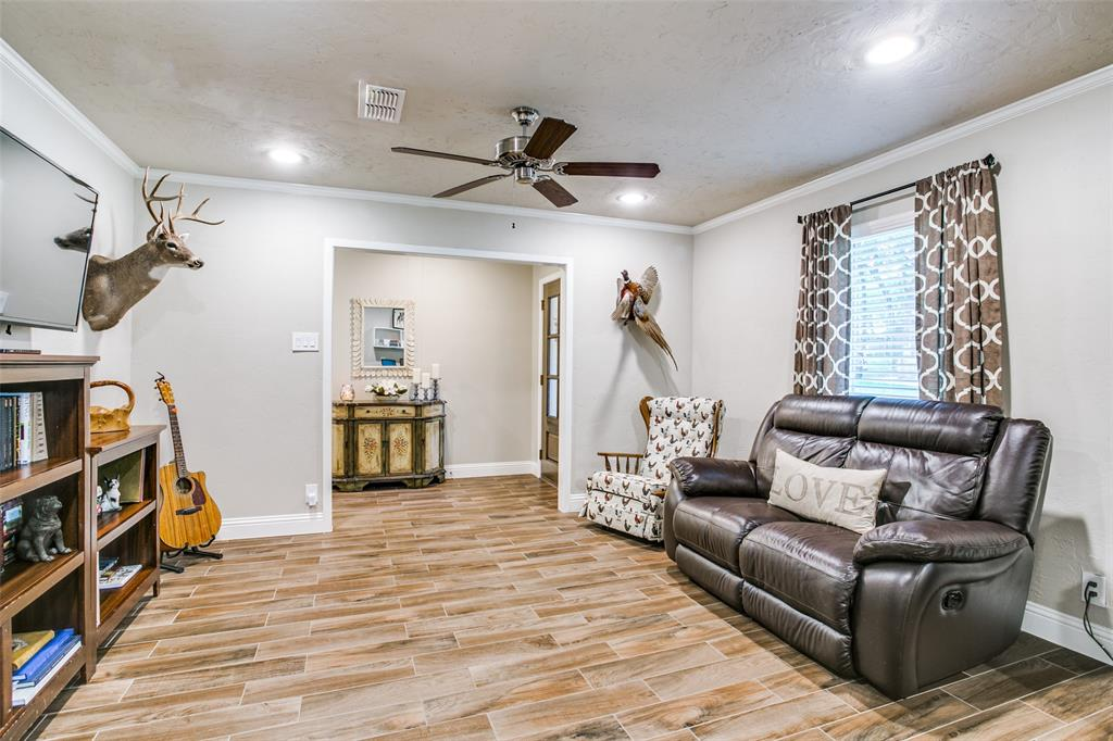809 Wheelwood  Drive, Hurst, Texas 76053 - acquisto real estate best flower mound realtor jody daley lake highalands agent of the year