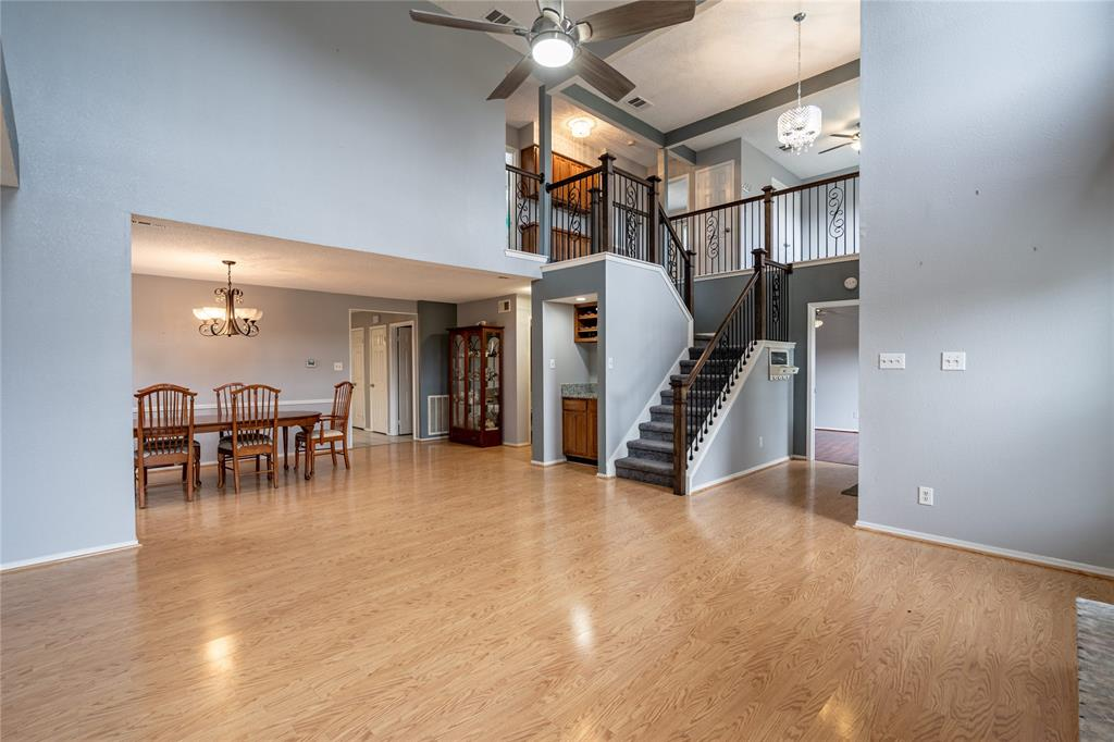 998 Acorn  Drive, Lewisville, Texas 75067 - acquisto real estate best relocation company in america katy mcgillen