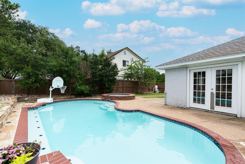 3720 Grasmere  Drive, Carrollton, Texas 75007 - acquisto real estate best photo company frisco 3d listings