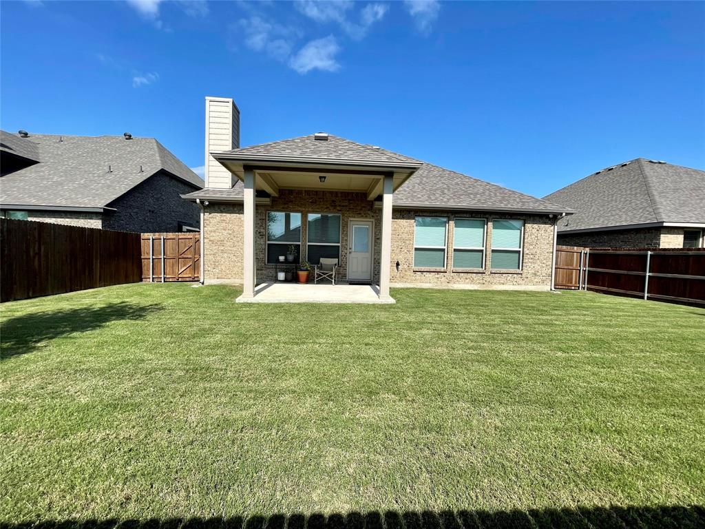 1573 Oasis  Street, Waxahachie, Texas 75165 - acquisto real estate best listing listing agent in texas shana acquisto rich person realtor