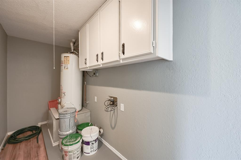 2401 Ben  Avenue, Fort Worth, Texas 76103 - acquisto real estate smartest realtor in america shana acquisto