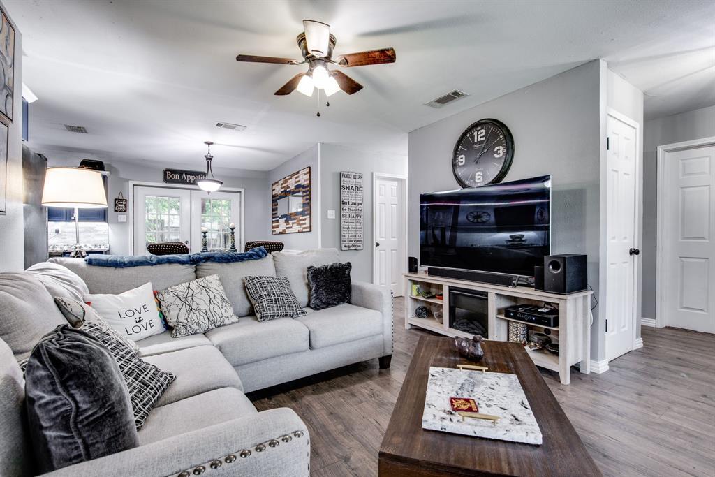 413 Colorado  Street, Sherman, Texas 75090 - acquisto real estate best celina realtor logan lawrence best dressed realtor