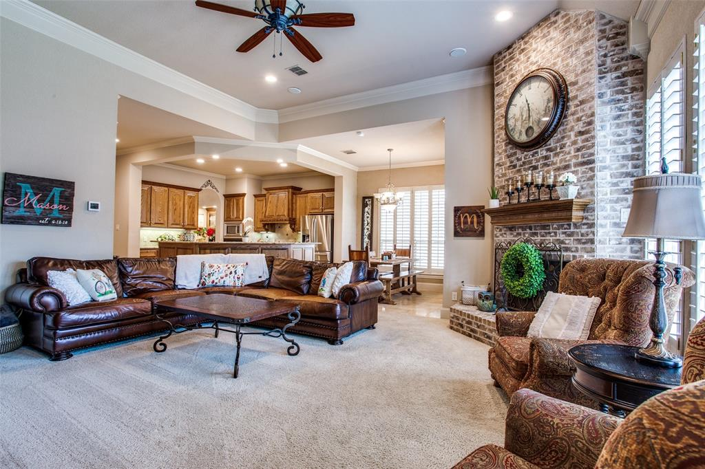 5902 St Ives  Court, Arlington, Texas 76017 - acquisto real estate best listing listing agent in texas shana acquisto rich person realtor