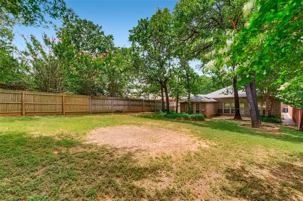 1513 Pacific  Place, Fort Worth, Texas 76112 - acquisto real estate best photo company frisco 3d listings