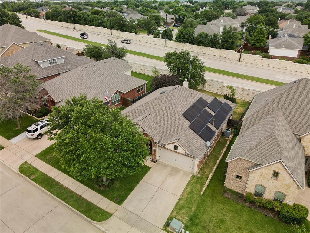3809 Miramar  Drive, Denton, Texas 76210 - acquisto real estate best photos for luxury listings amy gasperini quick sale real estate
