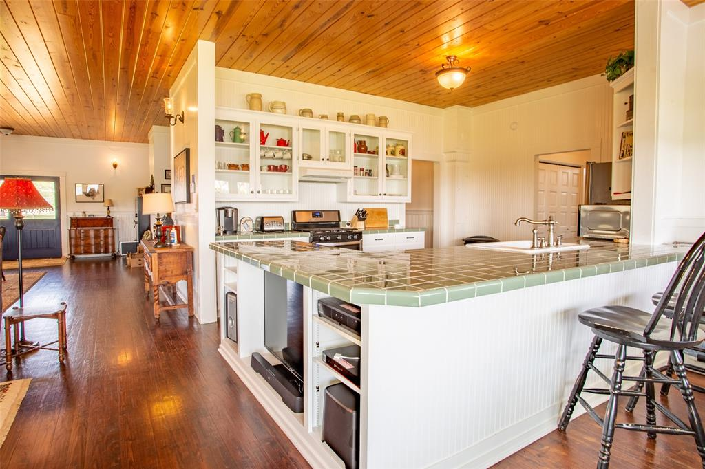 5730 County Road 225  Cranfills Gap, Texas 76637 - acquisto real estate best real estate company in frisco texas real estate showings