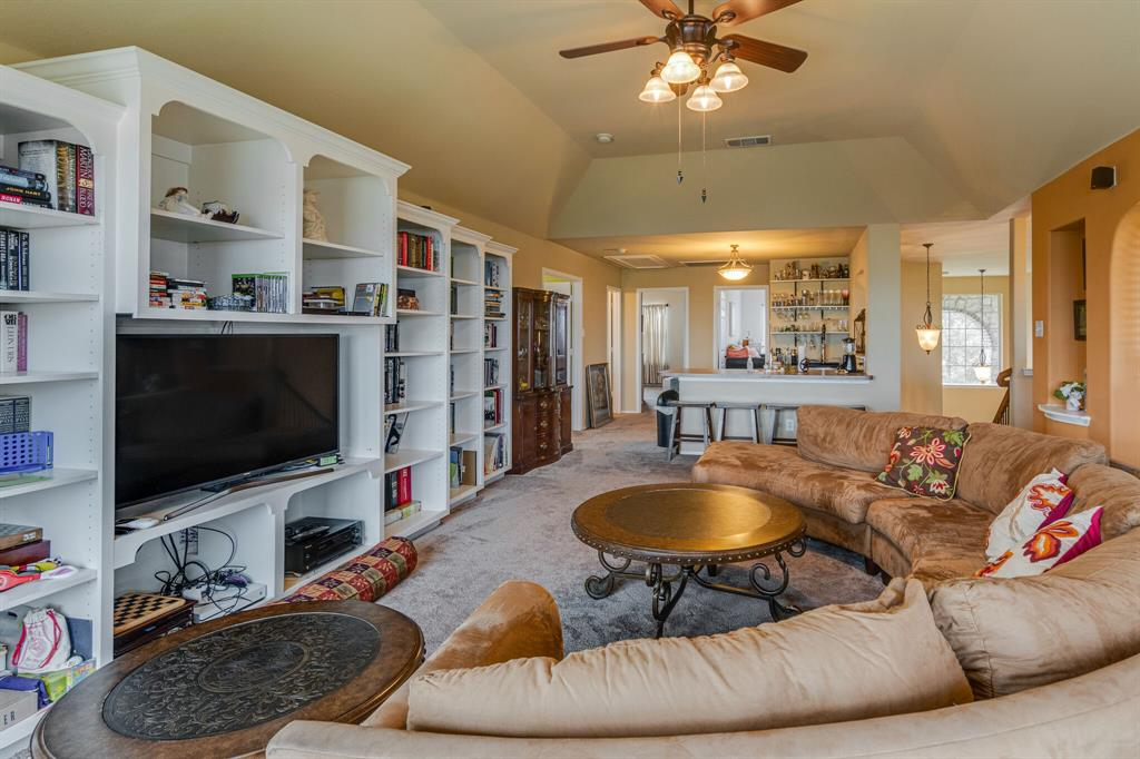 947 Yucca  Court, Burleson, Texas 76028 - acquisto real estate best photo company frisco 3d listings