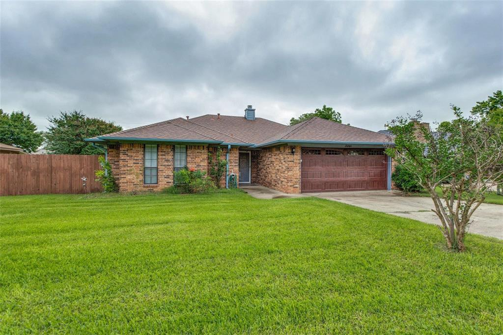 3201 Normandy  Drive, Sherman, Texas 75090 - Acquisto Real Estate best plano realtor mike Shepherd home owners association expert