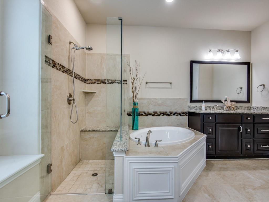 13201 Bold Venture  Avenue, Frisco, Texas 75035 - acquisto real estate best realtor foreclosure real estate mike shepeherd walnut grove realtor