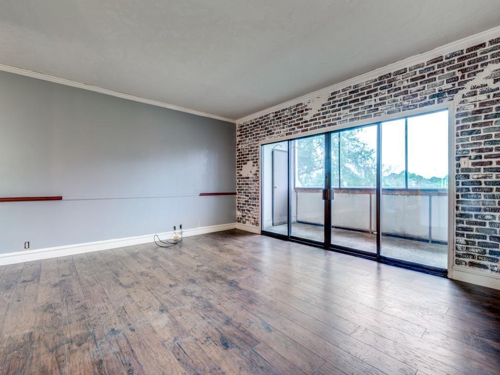 2100 Reflection Bay  Drive, Arlington, Texas 76013 - acquisto real estate best new home sales realtor linda miller executor real estate
