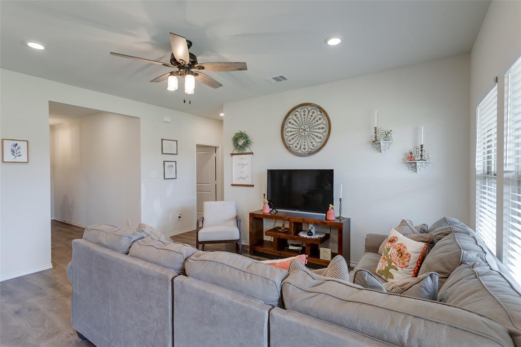 519 Silo  Circle, Josephine, Texas 75189 - acquisto real estate best celina realtor logan lawrence best dressed realtor
