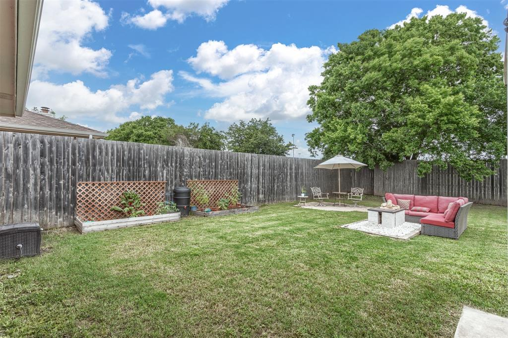 327 Lake Travis  Drive, Wylie, Texas 75098 - acquisto real estate best frisco real estate agent amy gasperini panther creek realtor