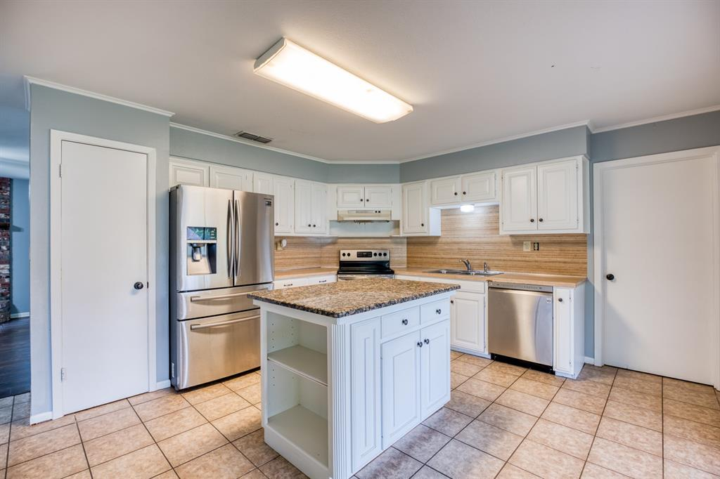 205 Helen  Drive, Lindale, Texas 75771 - acquisto real estate best real estate company to work for