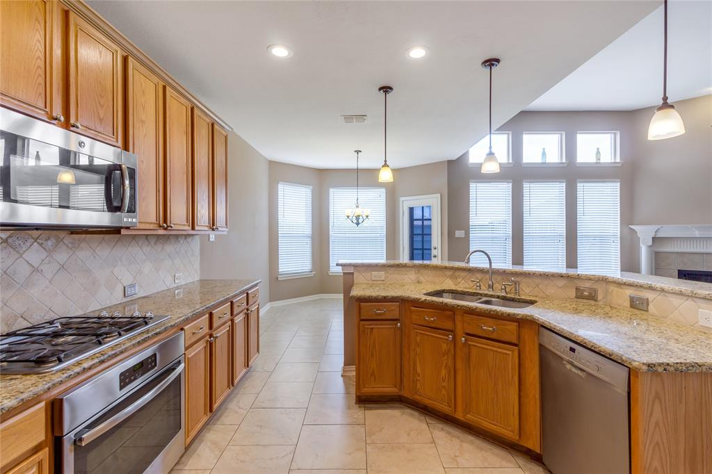 8098 Palisades  Drive, Frisco, Texas 75036 - acquisto real estate best flower mound realtor jody daley lake highalands agent of the year