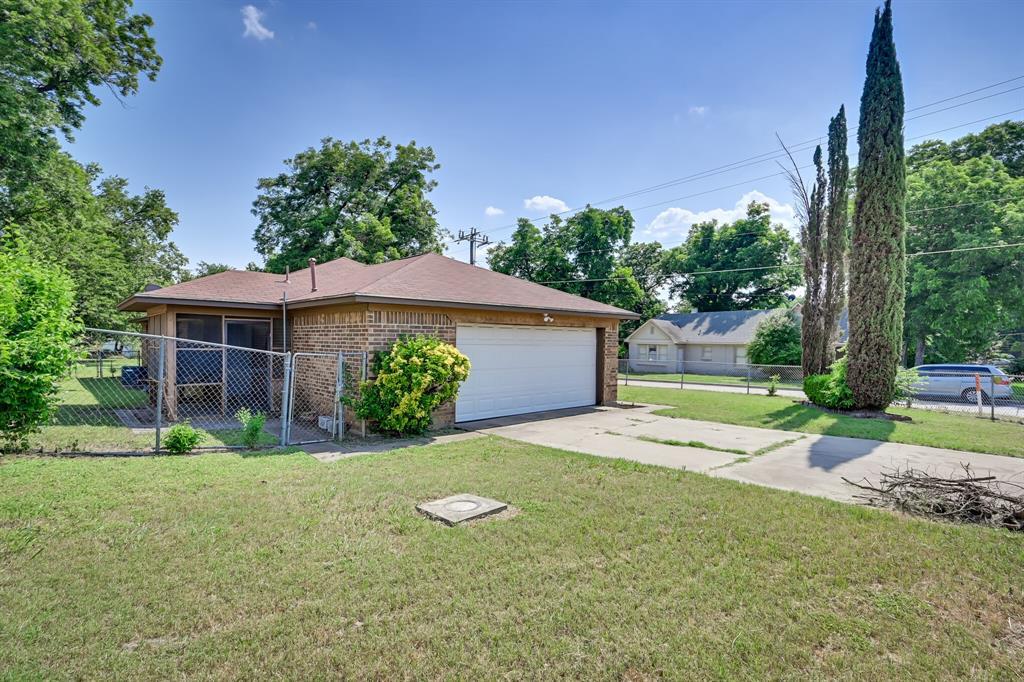 2401 Ben  Avenue, Fort Worth, Texas 76103 - acquisto real estate best prosper realtor susan cancemi windfarms realtor