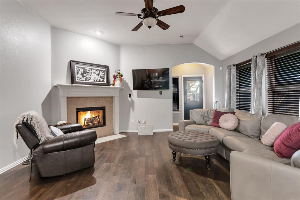 531 Kirby  Drive, Argyle, Texas 76226 - acquisto real estate best prosper realtor susan cancemi windfarms realtor