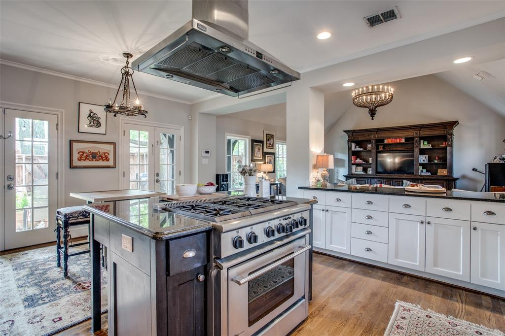 5746 Llano  Avenue, Dallas, Texas 75206 - acquisto real estate best real estate company in frisco texas real estate showings