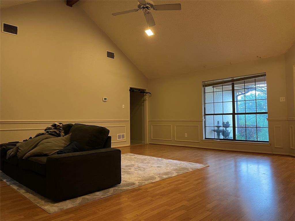 308 Willow Ridge  Court, Fort Worth, Texas 76103 - acquisto real estate best highland park realtor amy gasperini fast real estate service
