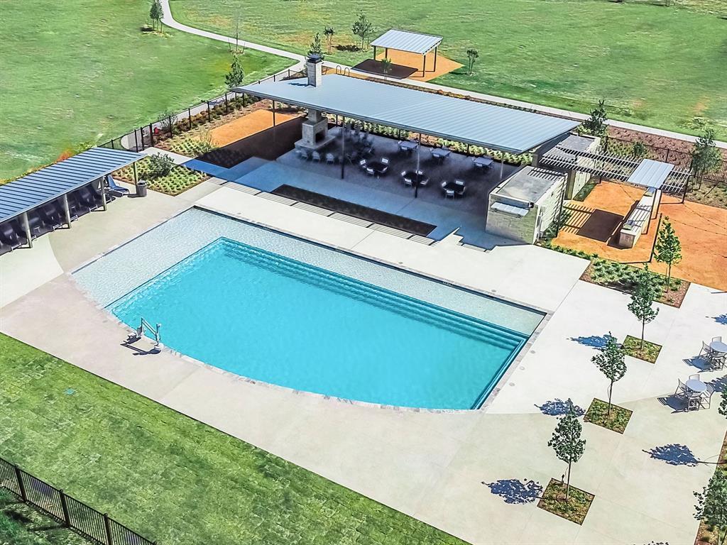 10512 SMITHS BEND  Road, Fort Worth, Texas 76126 - acquisto real estate best celina realtor logan lawrence best dressed realtor