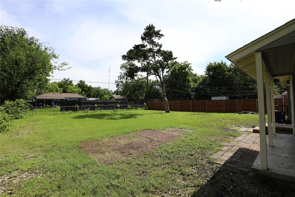 605 Freeman  Drive, Garland, Texas 75040 - acquisto real estate best realtor foreclosure real estate mike shepeherd walnut grove realtor