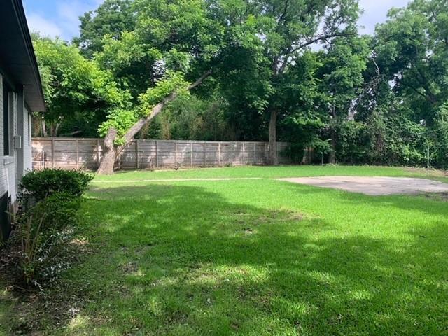 711 Owensons  Drive, Dallas, Texas 75224 - acquisto real estate best luxury buyers agent in texas shana acquisto inheritance realtor