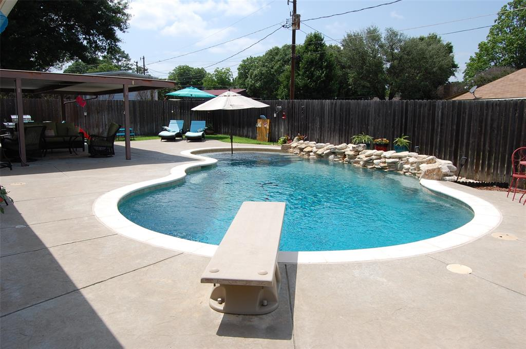 1402 Los Colinos  Court, Graham, Texas 76450 - acquisto real estate best frisco real estate broker in texas for high net worth buyers