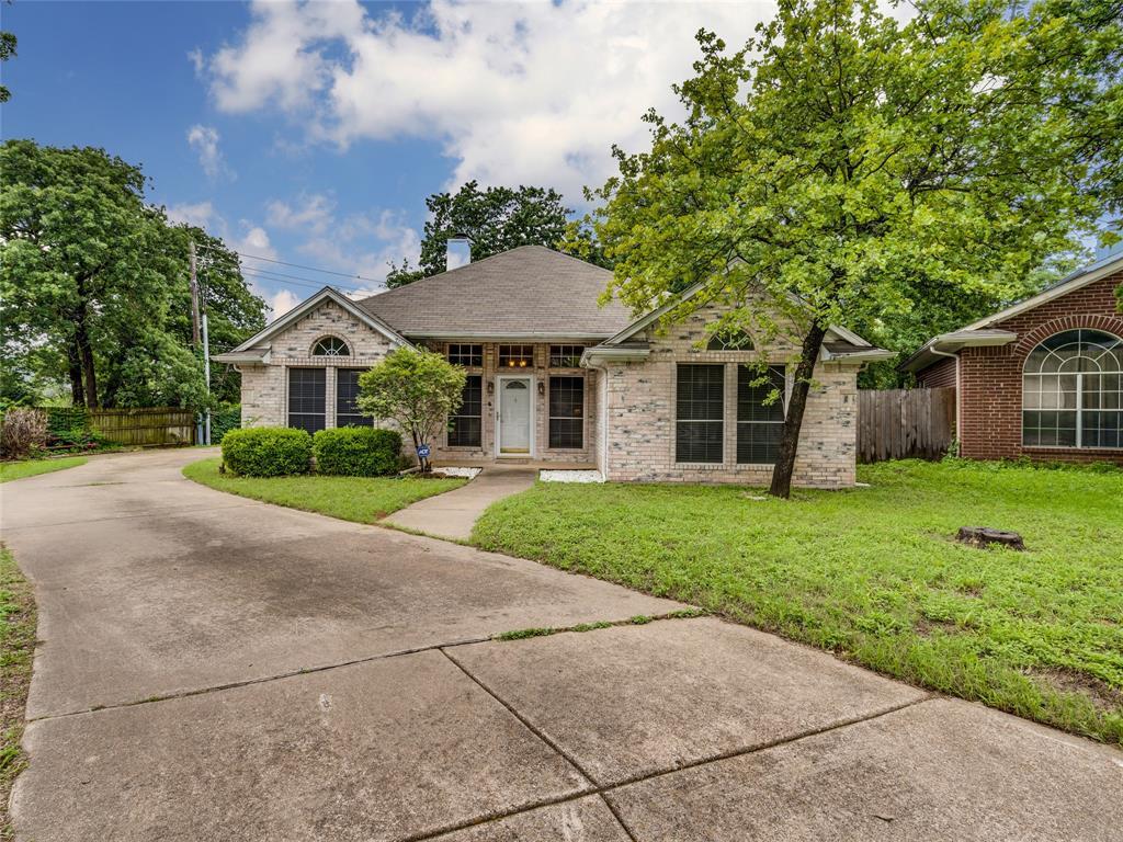 7624 Arbor Ridge  Court, Fort Worth, Texas 76112 - acquisto real estate best realtor dfw jody daley liberty high school realtor