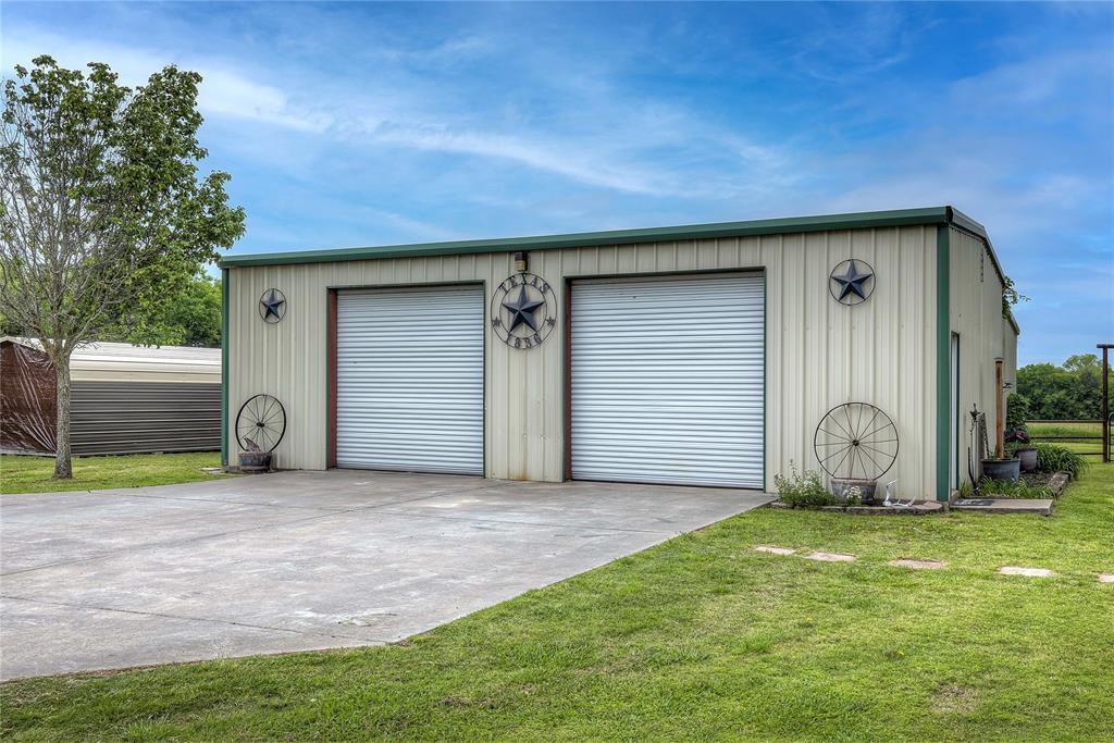 3956 County Road 3401  Lone Oak, Texas 75453 - acquisto real estate best celina realtor logan lawrence best dressed realtor