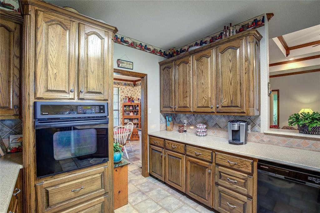 3956 County Road 3401  Lone Oak, Texas 75453 - acquisto real estate best realtor foreclosure real estate mike shepeherd walnut grove realtor