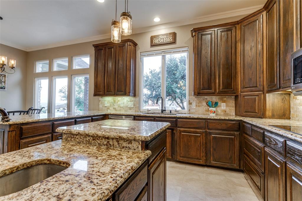 114 Club House  Drive, Weatherford, Texas 76087 - acquisto real estate best style realtor kim miller best real estate reviews dfw