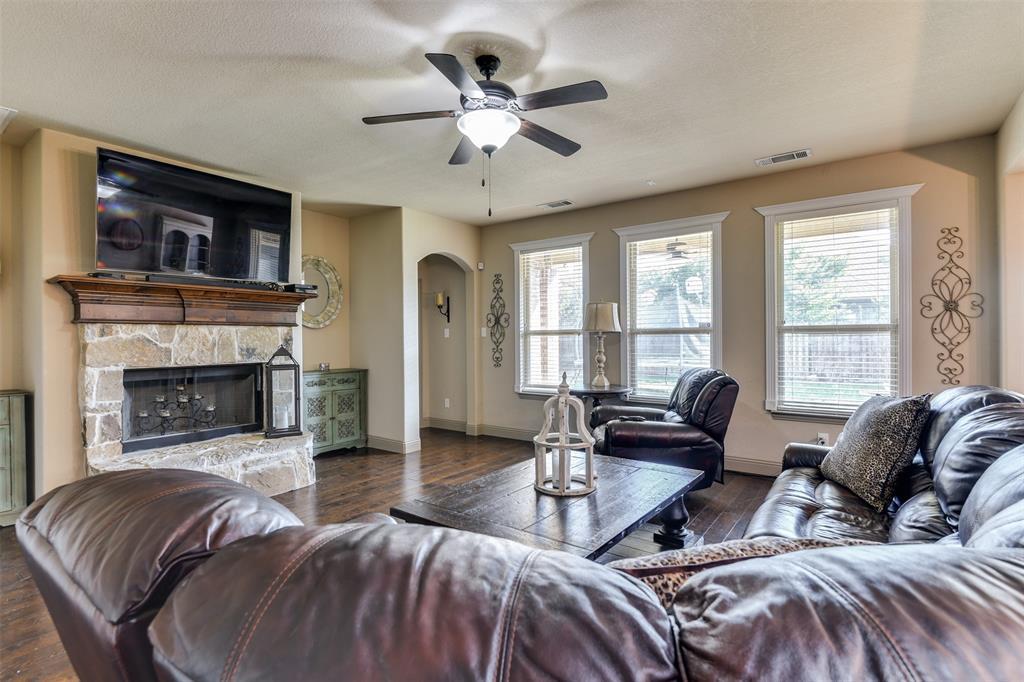 337 Canadian  Lane, Burleson, Texas 76028 - acquisto real estate best highland park realtor amy gasperini fast real estate service