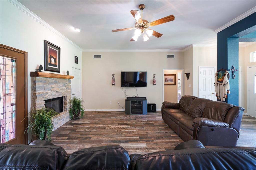 201 Chaparral  Drive, Granbury, Texas 76049 - acquisto real estate best celina realtor logan lawrence best dressed realtor