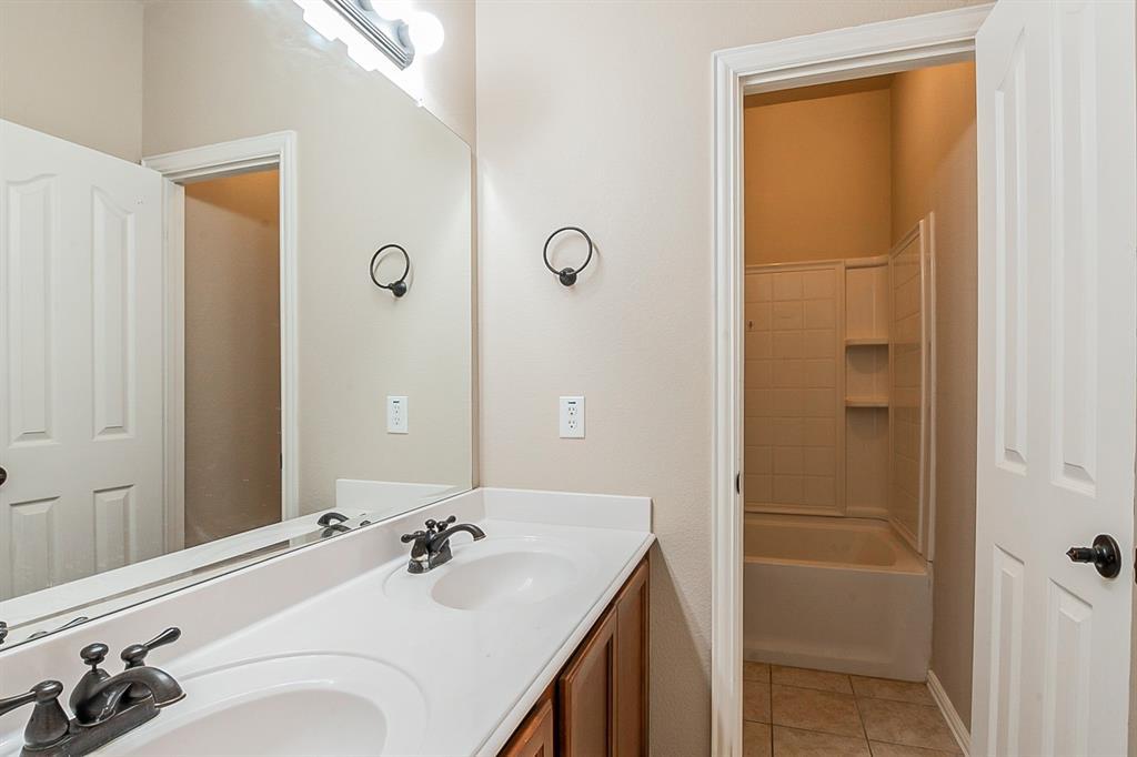 2620 Pine Trail  Drive, Little Elm, Texas 75068 - acquisto real estate best photo company frisco 3d listings