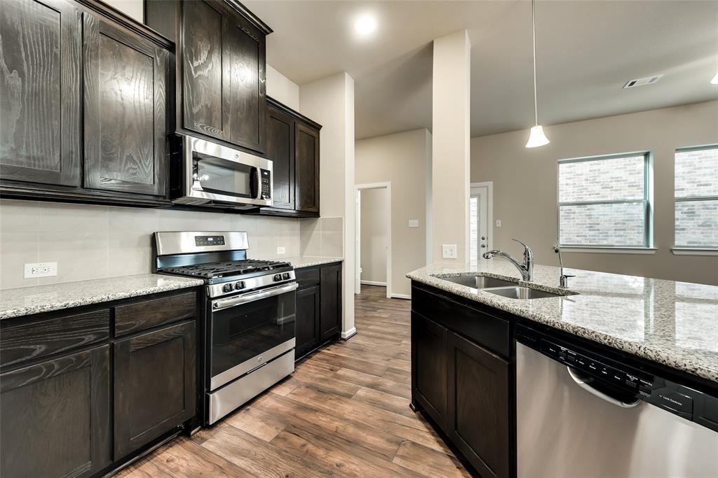 6827 Prompton  Bend, Irving, Texas 75063 - acquisto real estate best prosper realtor susan cancemi windfarms realtor