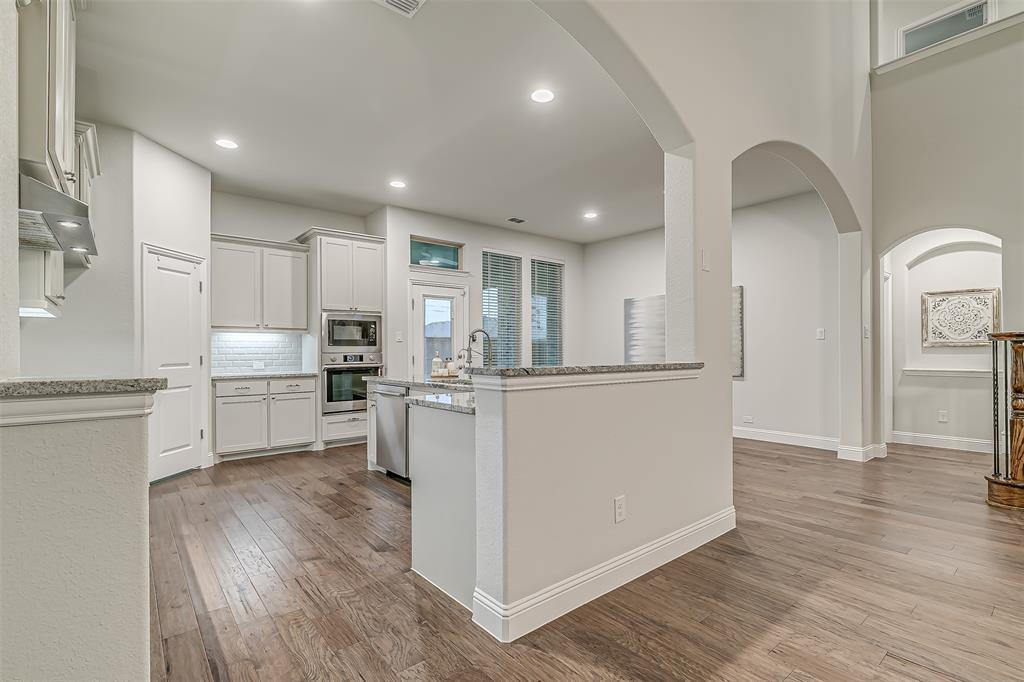 721 Wilmington  Lane, Savannah, Texas 76227 - acquisto real estate best real estate company to work for