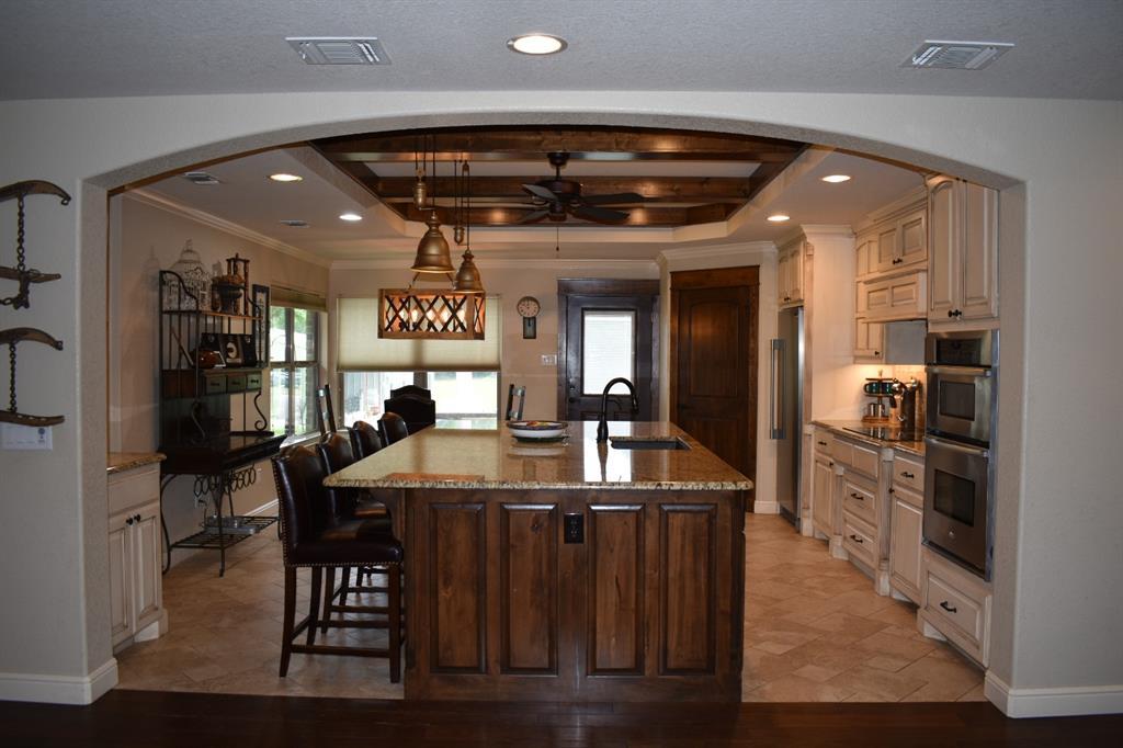 137 Kinbrook  Lane, Weatherford, Texas 76087 - acquisto real estate best highland park realtor amy gasperini fast real estate service